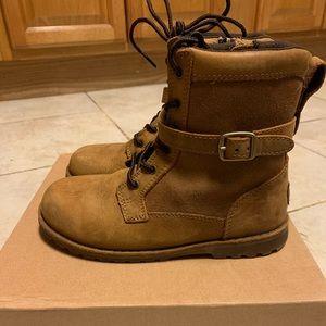 UGG T Koren boots size 12 kids
